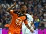 """Dispensado por Bielsa se """"vinga"""", e Lorient derrota Olympique fora"""