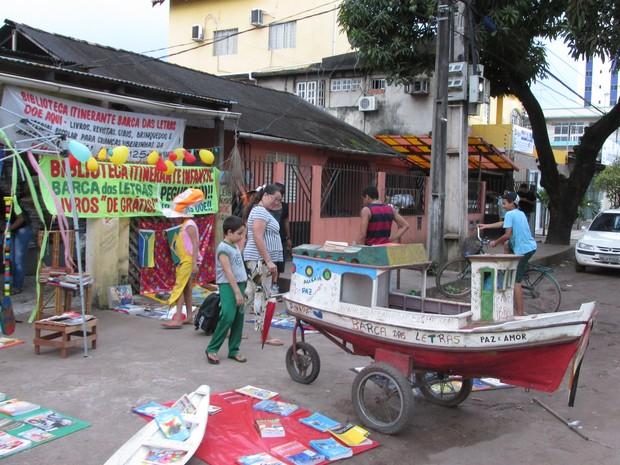 Sede do Barca das Letras recebe doações de livros em Macapá (Foto: Jonas Banhos/Arquivo Pessoal)