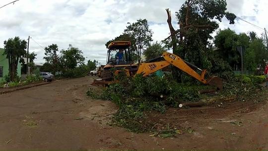 Número de pessoas atingidas pelo mau tempo no Paraná passa de 34 mil