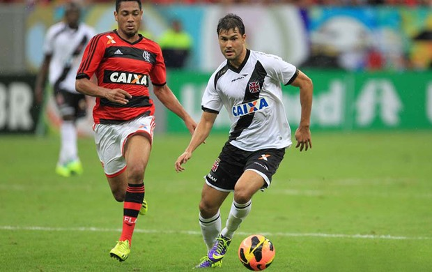 Hernane e Pedro Ken Flamengo x Vasco (Foto: Marcelo Sadio / Flickr do Vasco)