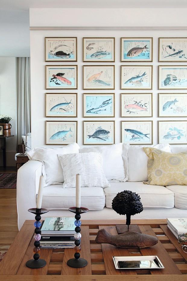Composição descontraída e elegante na parede (Foto: Andre Nazareth / Editora Globo)