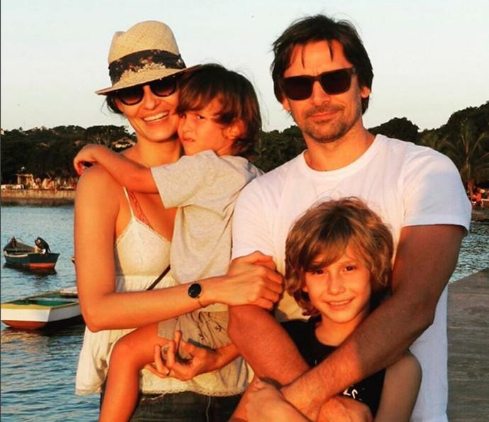 Murilo Rosa com Fernanda Tavares e os filhos Lucas e Artur (Foto: Arquivo pessoal)