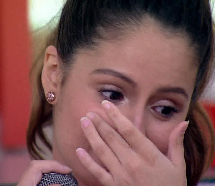 Amanda de Godoi se emociona com declaração de Francisco Vitti (Foto: TV Globo)