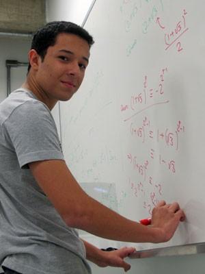Franco Matheus, do Rio de Janeiro, faz sua estreia no mundial de matemática (Foto: Vanessa Fajardo/ G1)