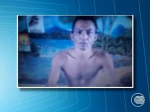 Adão José de Sousa, 40 anos, suspeito de estuprar quatro garotas (Foto: Reprodução/TV Clube)