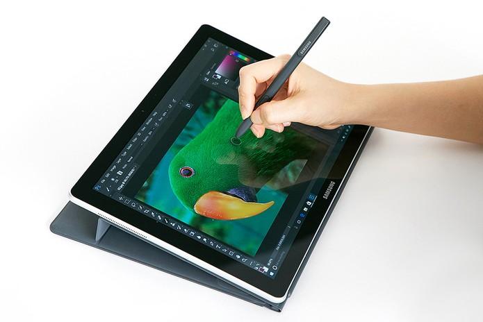 O Galaxy Book pretende substituir o PC de uso profissional. (Foto: Reprodução/Samsung) (Foto: O Galaxy Book pretende substituir o PC de uso profissional. (Foto: Reprodução/Samsung))