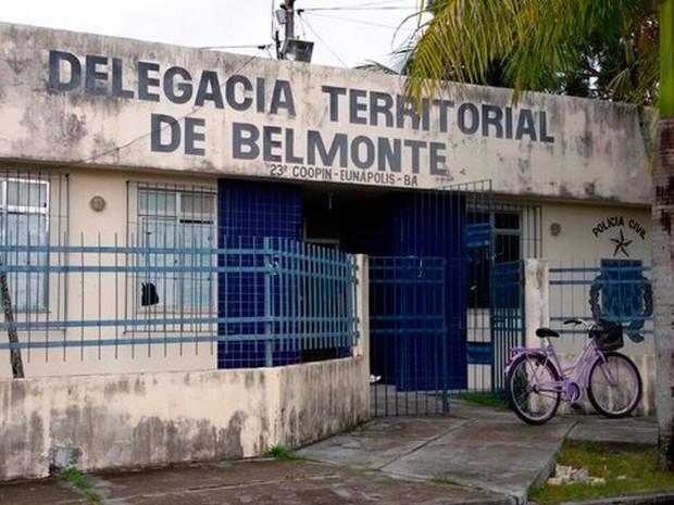 Quatro presos fugiram da delegacia de Belmonte, na Bahia (Foto: Divulgação/Sindpoc)