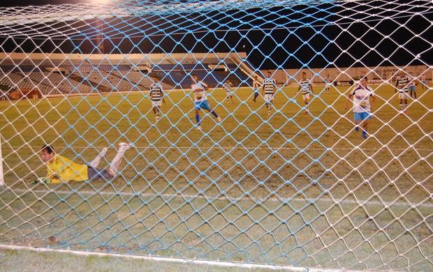 Sport Campina x Queimadense (Foto: João Brandão Neto / Globoesporte.com/pb)