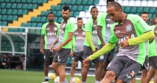 com  moral (Luiz Henrique/Figueirense FC)
