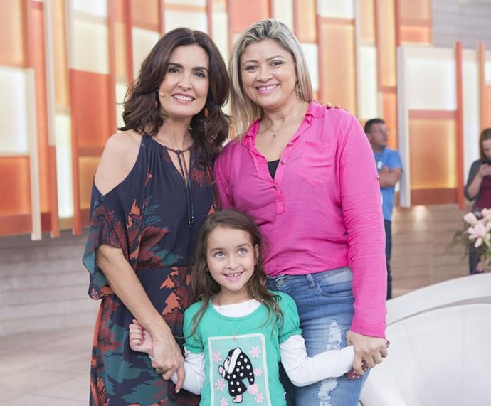 Convidadas com a Fátima nos bastidores  (Foto: Fábio Rocha/Gshow)