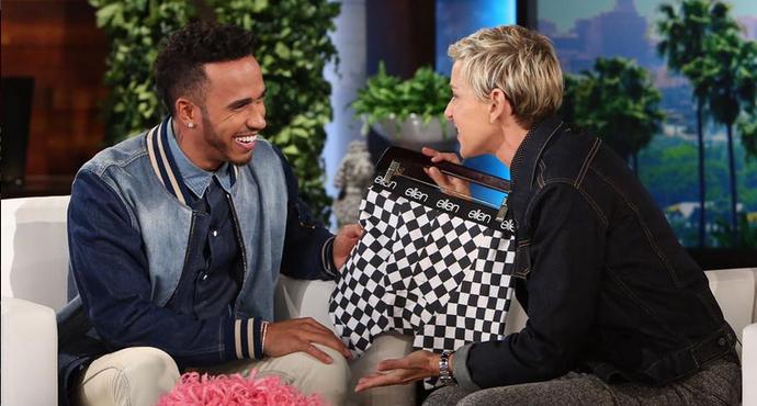 """Lewis Hamilton no programa """"The Ellen Show"""" (Foto: Reprodução)"""