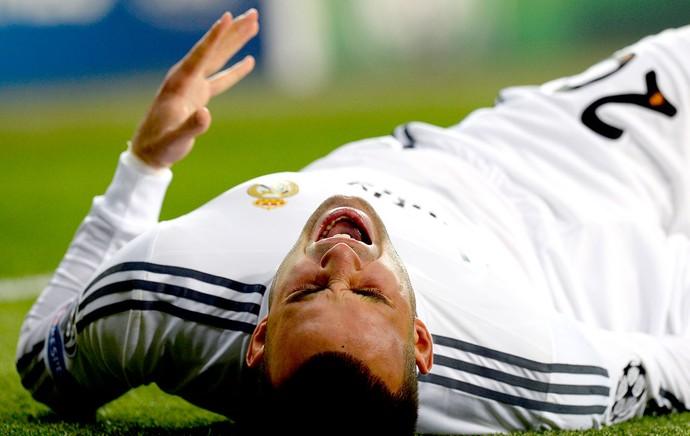 Jese machucado jogo Schalke e Real Madrid Liga dos Campeões (Foto: AFP)