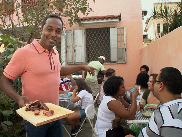 Hoje é dia de... churrasco (Foto: Reprodução)