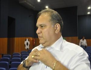 Carlos Rufino presidente do União Rondonópolis (Foto: Robson Boamorte/GLOBOESPORTE.COM)