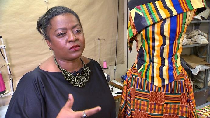 Designer de moda Claudia Soares fala sobre a importância das parcerias (Foto: TV Bahia)