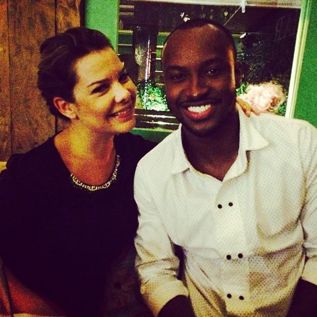 Fernanda Souza e Thiaguinho em restaurante no Rio (Foto: Instagram/ Reprodução)
