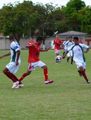 Baré e Roraima ficam no empate no primero confrotno do ano (Foto: Rodrigo Litaif)
