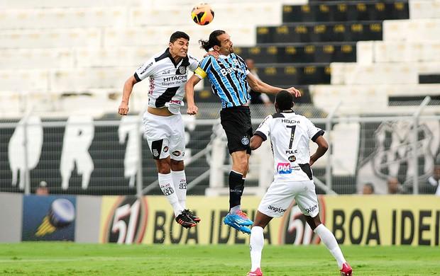 Barcos jogo Ponte Preta e Grêmio (Foto: Rodrigo Villalba / Futura Press)