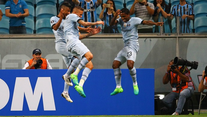 Grêmio x Deportivo Iquique Luan (Foto: Agência Estado)