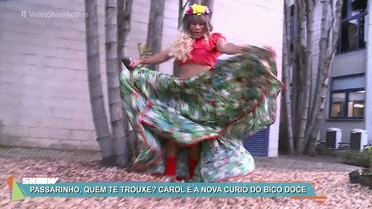 Carol Paixão dança carimbó nos Estúdios Globo