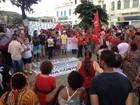 Grupo pede respeito à democracia durante ato pró-Dilma em Juiz de Fora