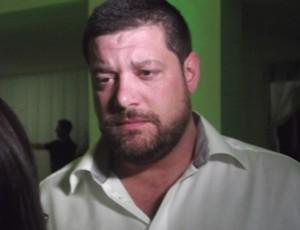 Anthony Armstrong tomou posse como presidente do Alecrim (Foto: Matheus Magalhães/GLOBOESPORTE.COM)