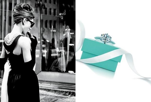 """Audrey Hepburn em """"Bonequinha de Luxo"""" e a """"Little Blue Box"""" (Foto: Other/ Getty Images / Reprodução)"""