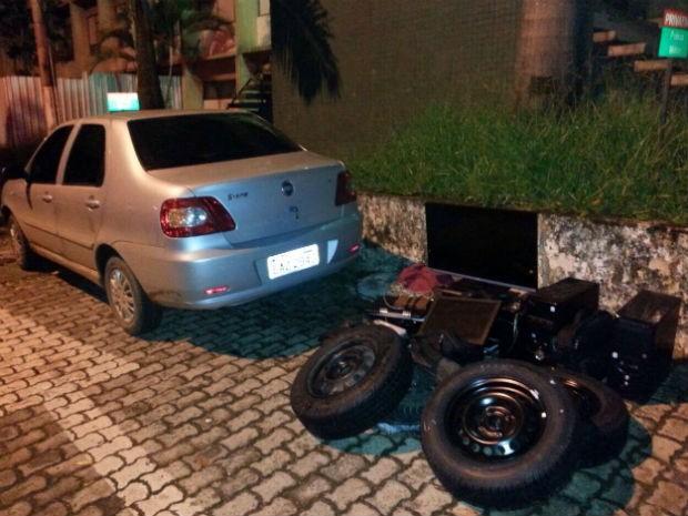 Objetos furtados de casa no Park Way, no DF; carro usado em crime também era roubado (Foto: Polícia Militar/Divulgação)