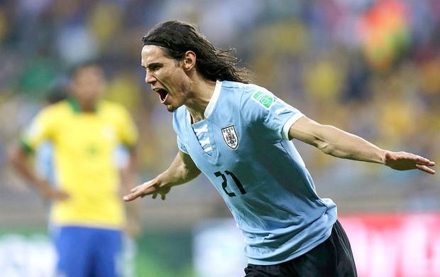 Cavani gol Uruguai Brasil Mineirão (Foto: Reuters)