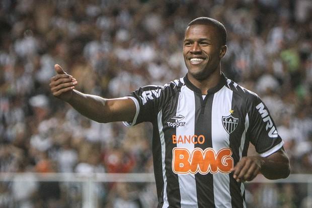 Carlos César, lateral do Atlético-mg (Foto: Bruno Cantini / Flickr do Atlético-MG)