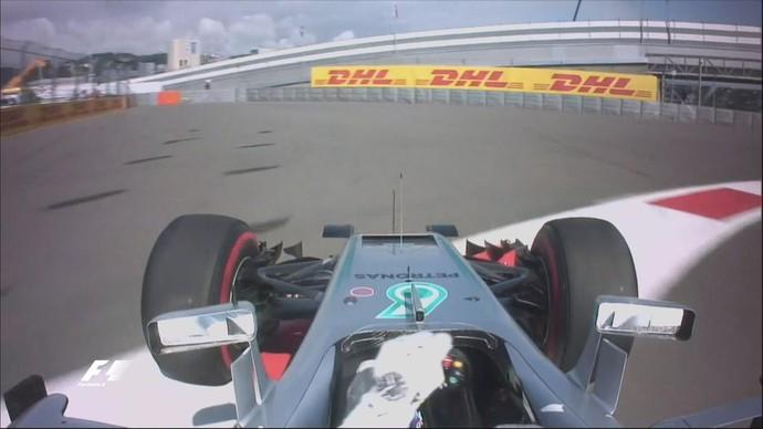 Lewis Hamilton rodou no 2º treino livre para o GP da Rússia (Foto: Divulgação)