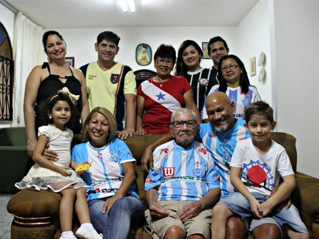 Família Monteiro reside em Manaus desde década de 1970 (Foto: Indiara Bessa/G1 AM)