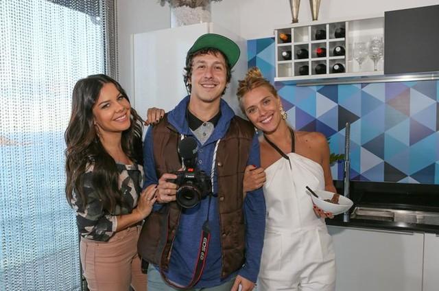 Fernanda Souza, Raphael Vieira e Carolina Dieckmann (Foto: Gianne Carvalho/Multishow)