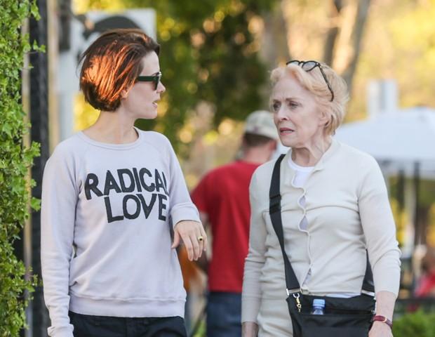 Sarah Paulson e Holland Taylor (Foto: AKM-GSI)