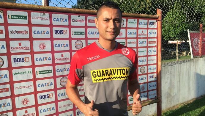 Bruno Maia - zagueiro do América-RN (Foto: Jocaff Souza)