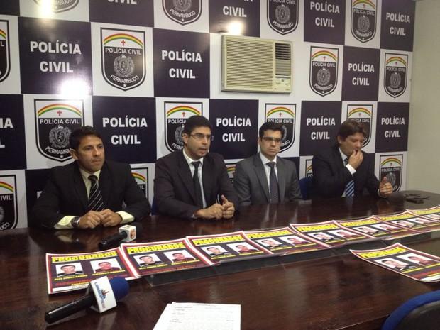 Recompensa foi divulgada na manhã desta segunda (24) durante coletiva de imprensa. (Foto: Renata Torres/ TV Asa Branca)