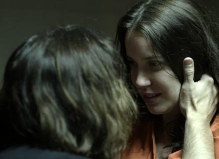 Gui beija Júlia e se declara: 'Eu não vou desistir de você'