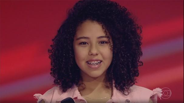 Cantora Tetê Prezoto teve apresentação elogiada no The Voice Kids (Foto: Reprodução/ Rede Globo)