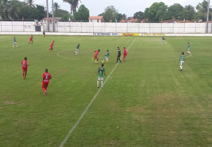 Expressinho e Balsas jogam no Dário Santos pelo Maranhense 2015 (Foto: Divulgação / Sabrina Matos )