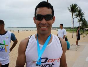 Anderson Rodrigues, campeão da corrida Bote fé na vida na Paraíba (Foto: Larissa Keren)