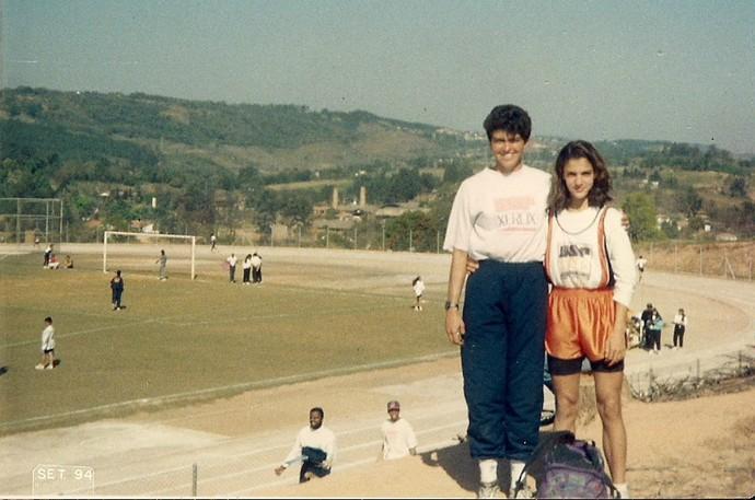 Joana Costa e Joelma Souza atletismo salto com vara (Foto  Arquivo Pessoal) bda10e8f67480