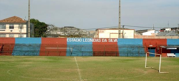 estrutura Bonsucesso Estádio Leônidas da Silva (Foto: Renata Domingues / GLOBOESPORTE.COM)