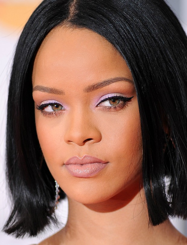 Rihanna no BRIT Awards (Foto: Getty Images)