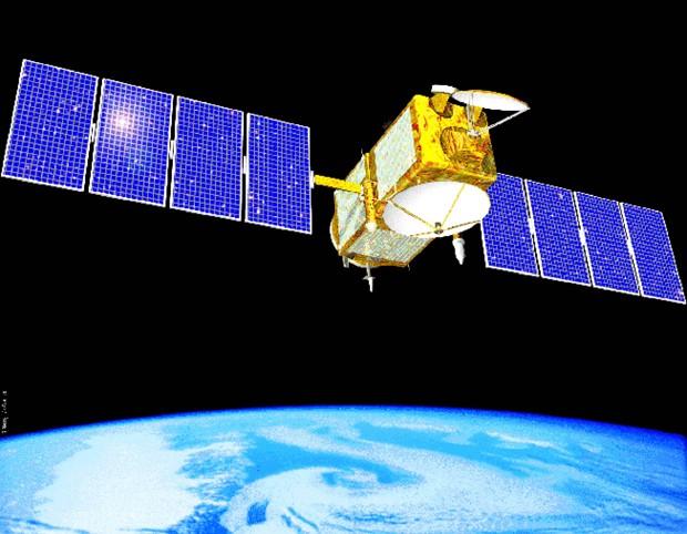 Ilustração mostra satélite Jason-1, projeto dos EUA e França, que desde 2001 monitorava os oceanos. Equipamento entrou em colapso e parou de transmitir dados para a Terra (Foto: Arquivo/Nasa/AP)