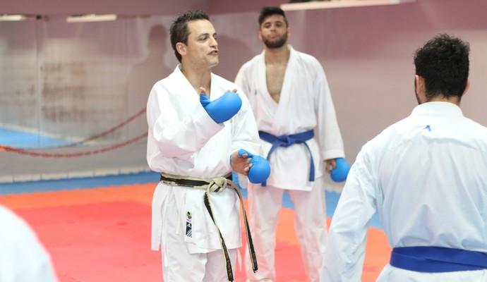 O treinador Aguiar leva equipe com 18 atletas para final do Brasileiro em Brasília (Foto: Martinez Assessoria/ Divulgação)