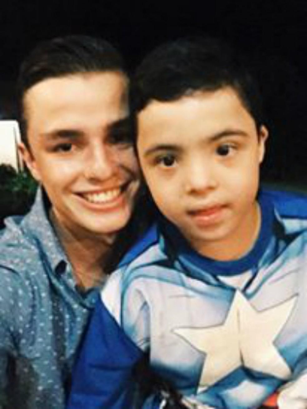 Pepê e o pequeno André (Foto: Reprodução)