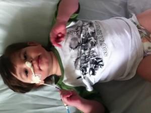 João Vicente sofreu AVC com 1 ano e 8 meses, que lhe deixou sequelas (Foto: Reprodução)