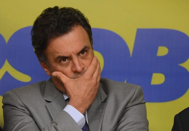 Em manifesto, PSDB faz desagravo a Aécio Neves