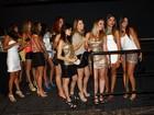 Ele é o bom! Mulheres fazem fila para festa de Neymar em São Paulo