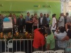 Dilma entrega 92 máquinas agrícolas a prefeitos do norte e leste de MG